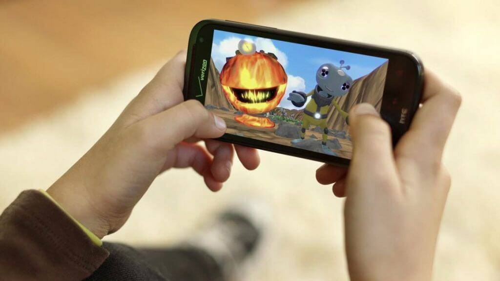 The Challenges of Gaming in a Smartphone World